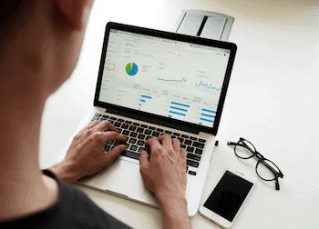 Laptop make money online